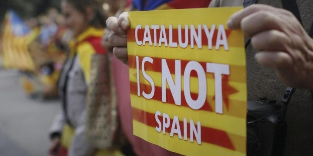 """Сторонники независимости Каталонии ответили """"Калинкой"""" на новое расследование о связях с Россией"""