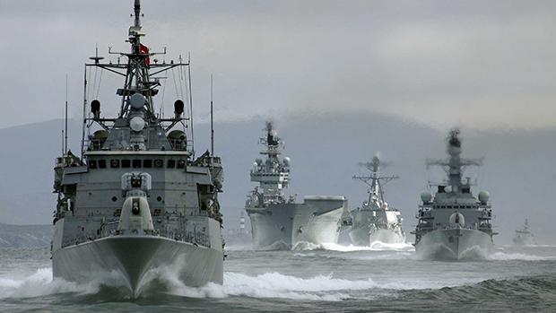 МИД РФ: присутствие кораблей США в Черном море отрицательно скажется на украинском конфликте