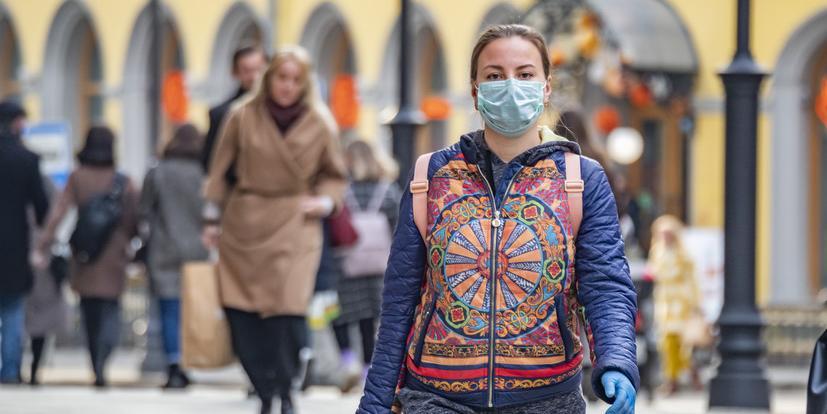 Москвичей просят не передвигаться по городу без необходимости и отложить походы в торговые центры