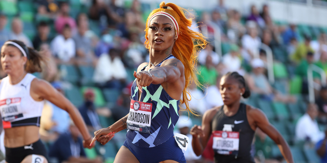 Сборную США по легкой атлетике дисквалифицировали после победы в эстафете