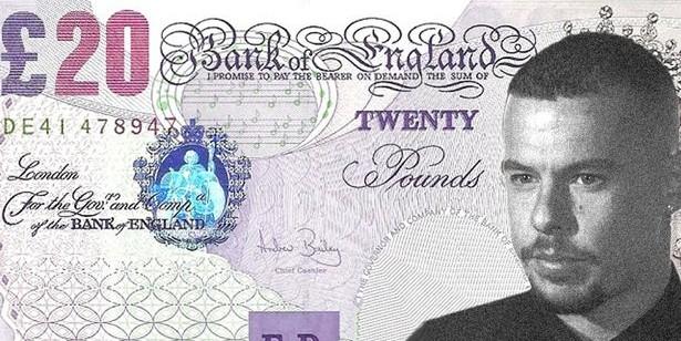 На британских купюрах может появиться портрет дизайнера-гея