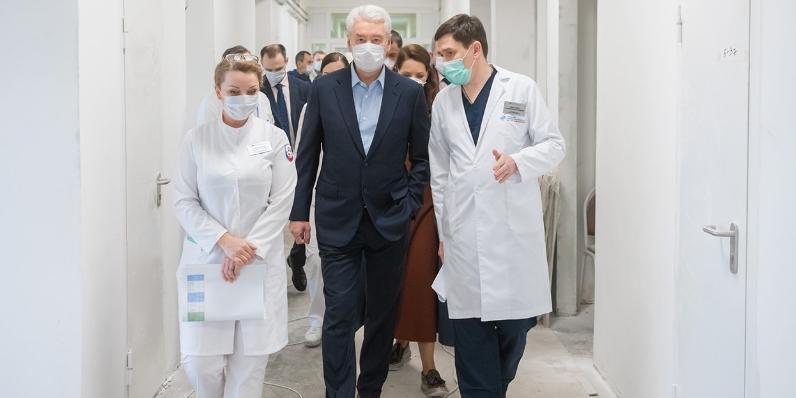 Москва мобилизовала на борьбу с коронавирусом федеральные, региональные и частные клиники