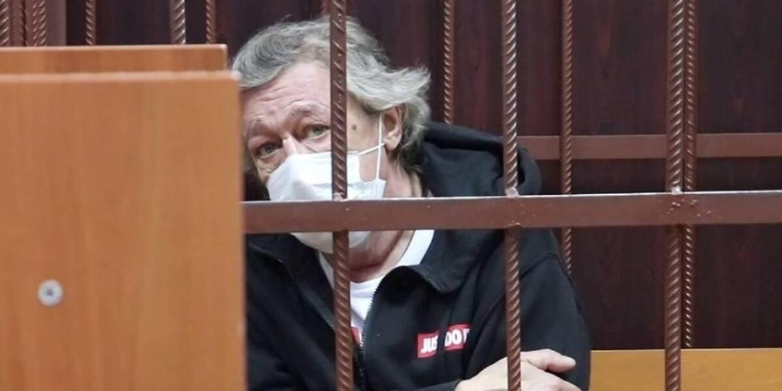 Попытка Ефремова откупиться после смертельного ДТП попала на видео