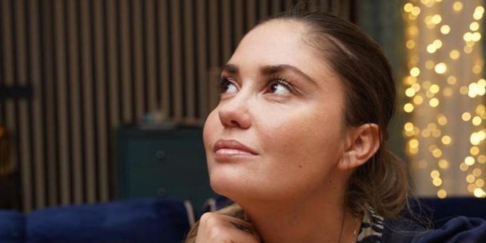 СМИ заподозрили Агату Муцениеце в романе с женатым режиссером