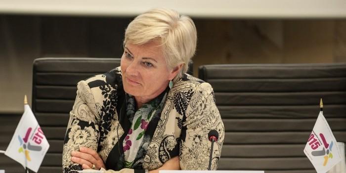 """Глава EBU в беседе с пранкерами пообещала перенести """"Евровидение"""" в Берлин"""