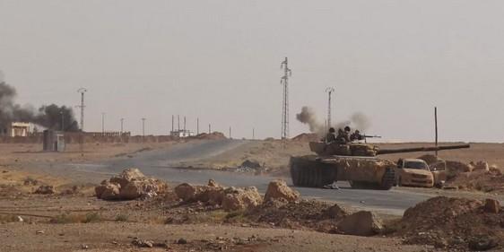 Появились подробности разгрома сирийской армии под Раккой
