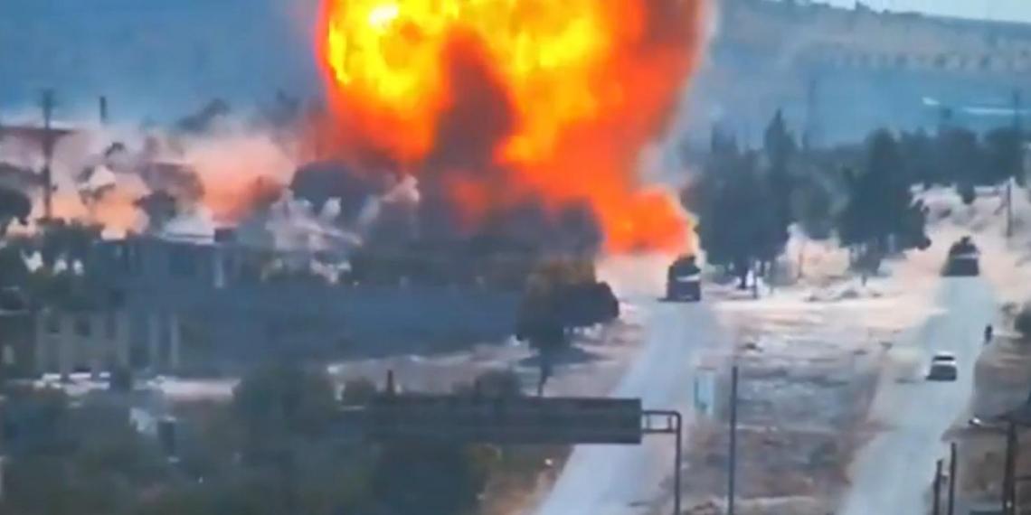 Появилось видео подрыва российско-турецкого конвоя в Сирии