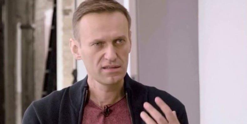 """""""Крысы, бегущие с корабля"""": Навальный раскритиковал своих сторонников в интервью британскому изданию"""