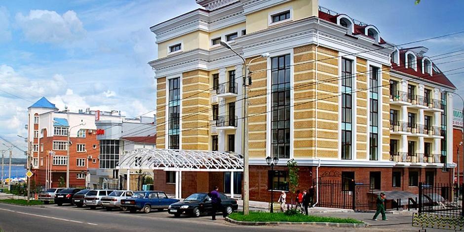 Экс-судья не заметила ступеньку в ресторане и отсудила у него полмиллиона рублей