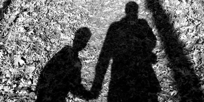 Ранее судимый за педофилию правозащитник полгода развращал ребенка на рабочем месте