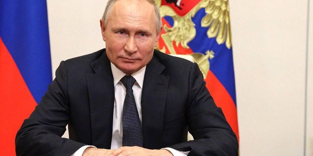 """Путин подписал закон """"Единой России"""" о бесплатном подключении к газу частных домовладений"""