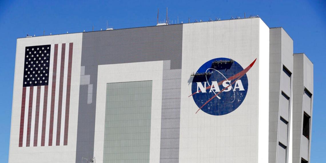 В NASA объяснили невозможность высадки астронавтов на Луну в 2024 году