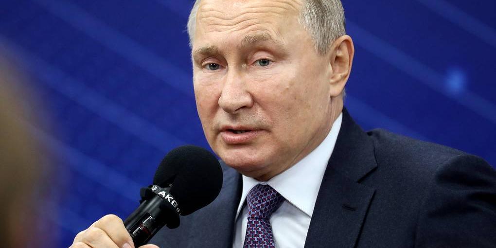 """Путин: буду благодарен ОНФ, если все обращения с """"прямой линии"""" не оставят без решения"""