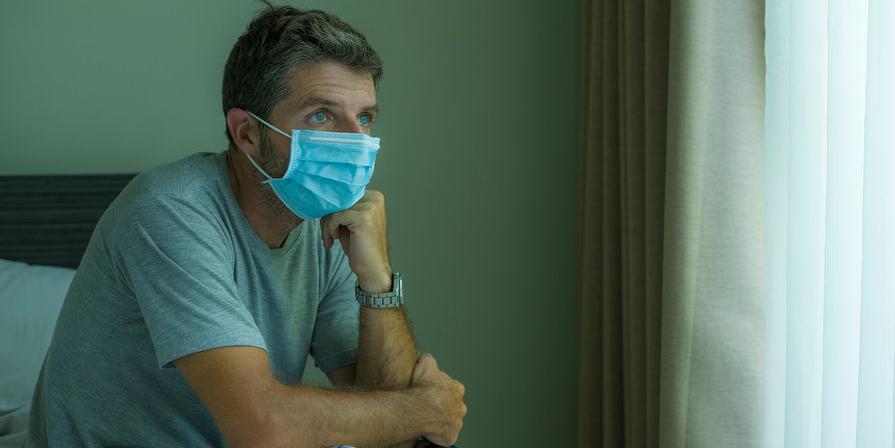 Врач объяснил, как не заразиться коронавирусом внутри семьи