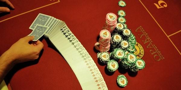 81-летней бельгийке запретили играть в лотереи после жалобы сына