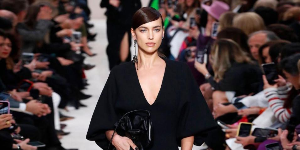 Ирина Шейк снялась совершенно голой для обложки Vogue
