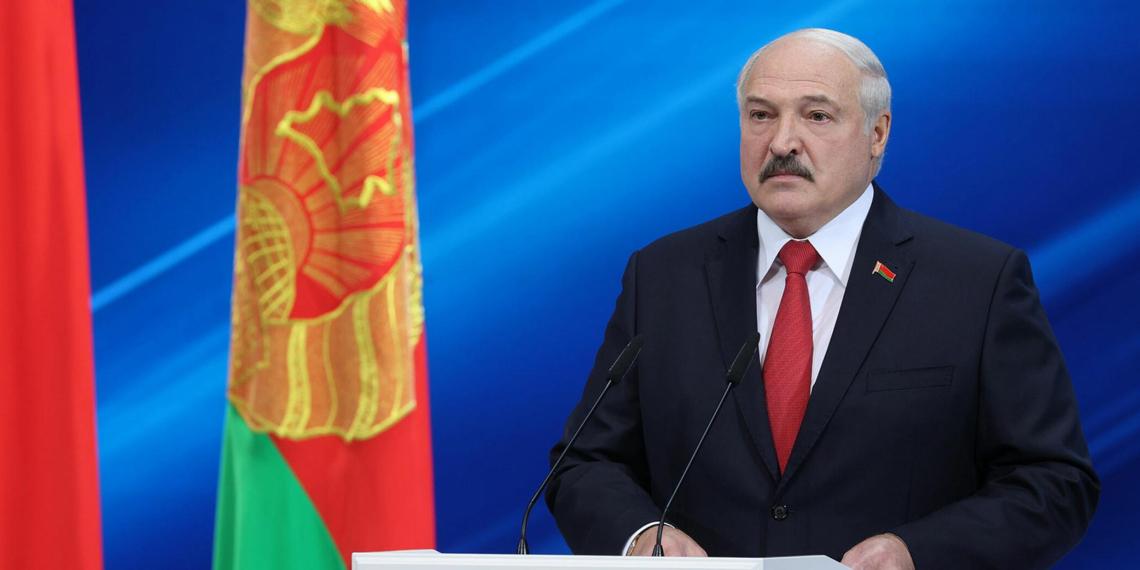 Лукашенко поручил полностью закрыть границу с Украиной