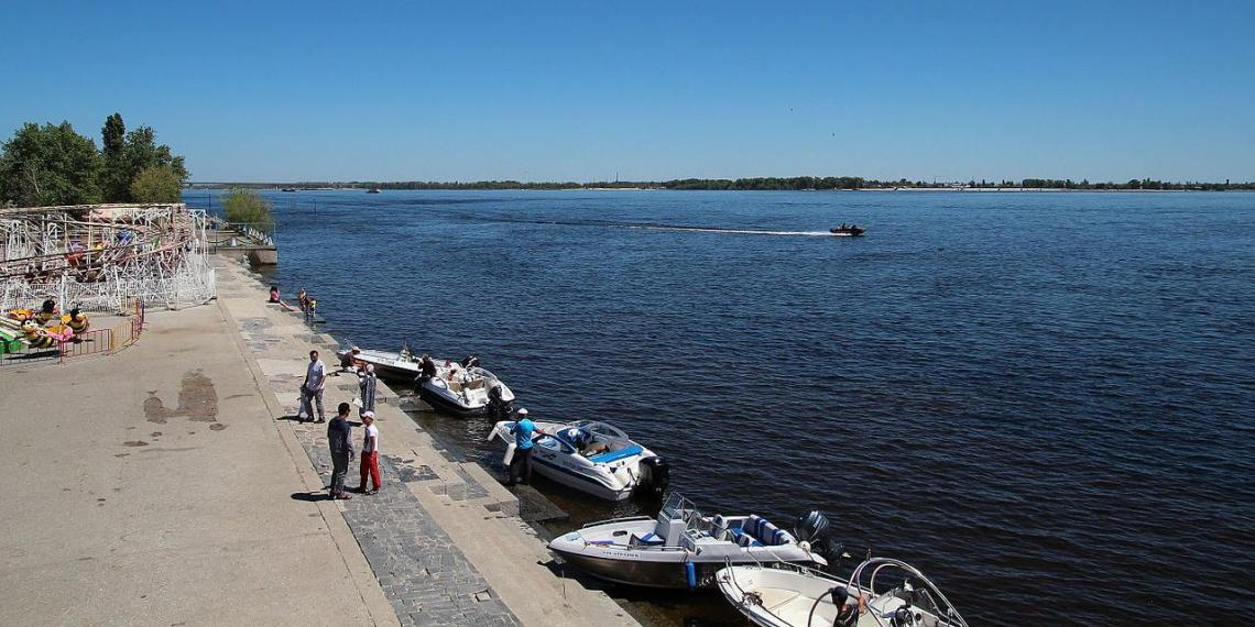 Четверо индийцев утонули в Волге, забыв, что не умеют плавать