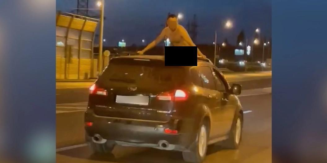 """Размахивавший пенисом из люка машины волгоградец объяснил, что ему """"стало жарко"""""""