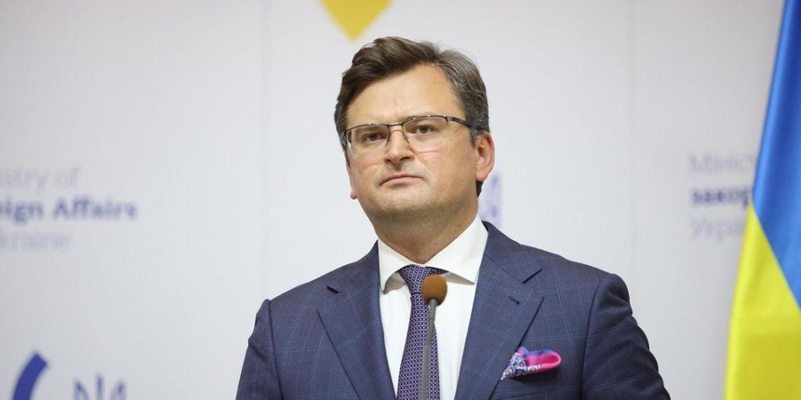 Глава МИД Украины устроил истерику из-за отсутствия приглашения на саммит НАТО