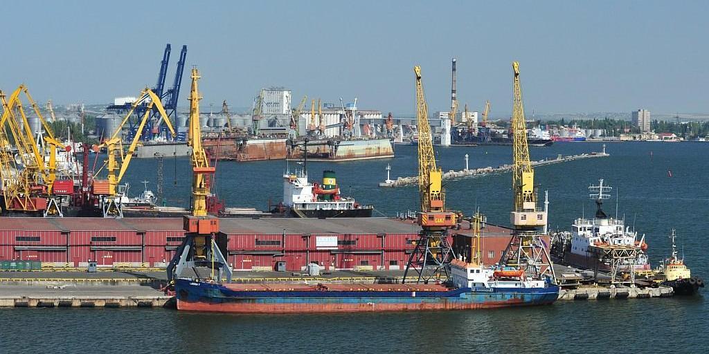 Первый танкер с американской нефтью для Белоруссии прибыл в Литву