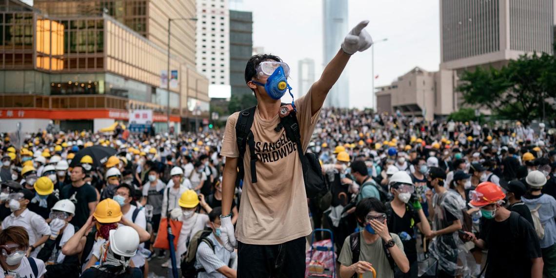 Госдеп пригрозил Китаю пересмотреть статус Гонконга
