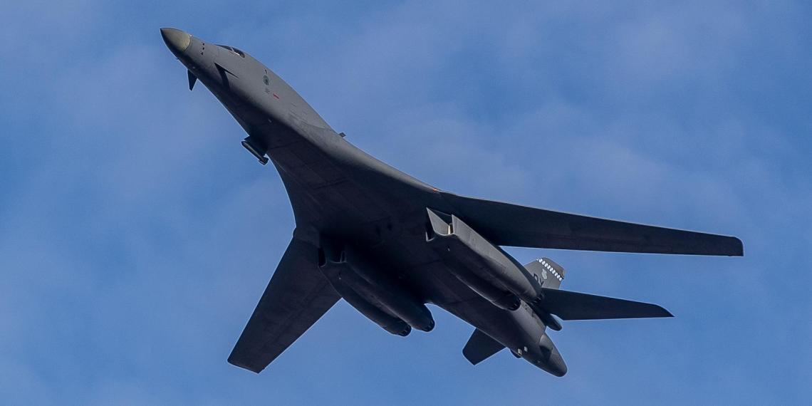 Над Прибалтикой на малой высоте пролетели стратегические бомбардировщики США