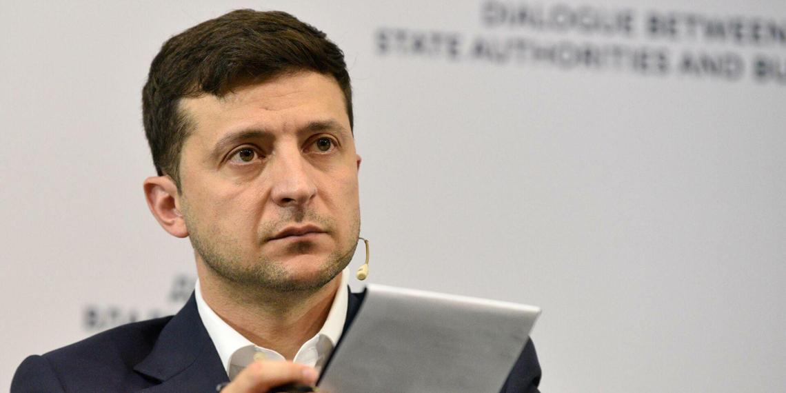 Зеленский призвал обычных американцев побеспокоиться об Украине и припугнул их Россией