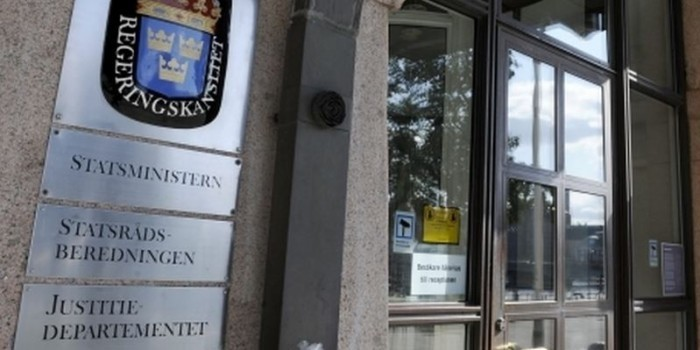 Швеция пообещала Киеву засекретить информацию о преступлениях украинской армии