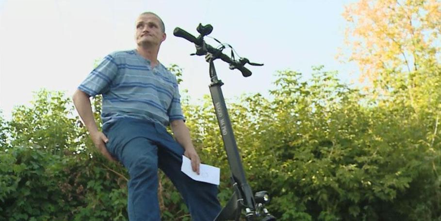 ГИБДД впервые лишает прав россиянина, вставшего пьяным на электросамокат