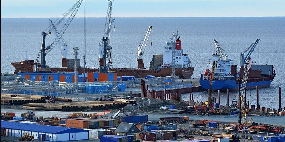 Правительство направит на госпрограмму развития Арктики 15 млрд рублей за три года