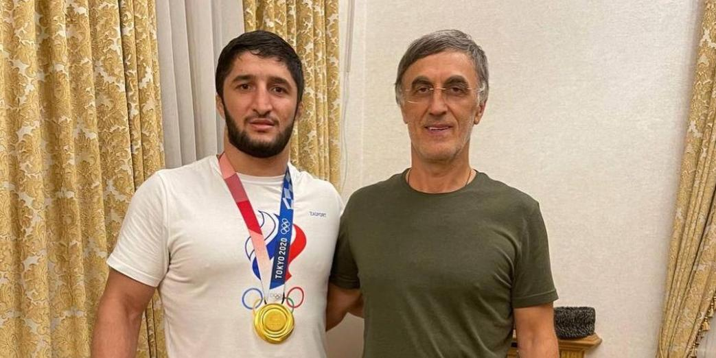 Олимпийский чемпион удалил информацию о подаренном ему депутатом Госдумы $1 млн