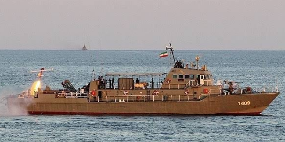 Иранские военные по ошибке обстреляли свой же корабль: 19 человек погибли