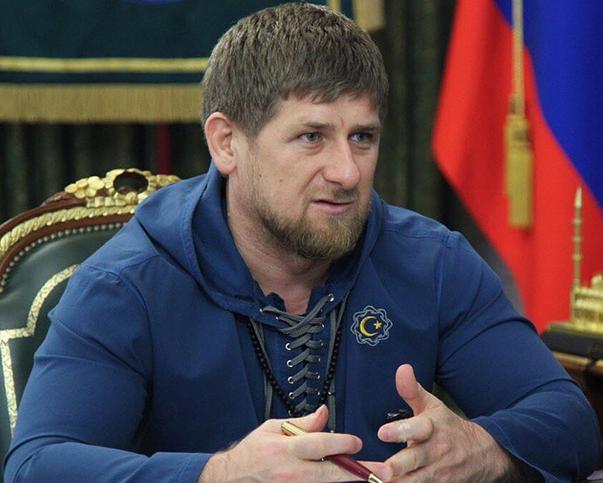 """Кадыров заявил о том, что подозреваемый в убийстве Немцова """"был потрясен действиями Шарли"""""""