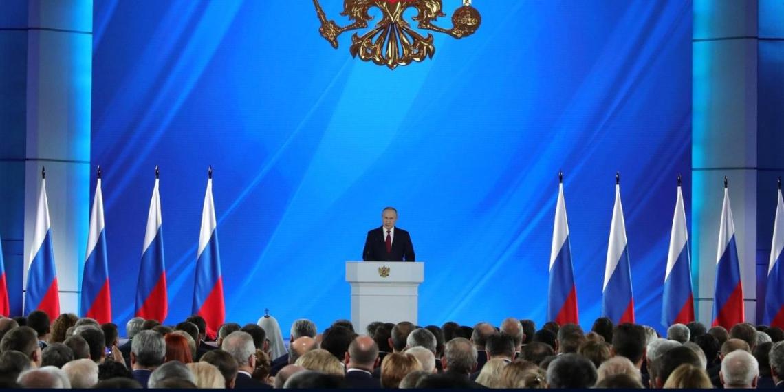 Путин поручил создать единый реестр граждан, имеющих право на льготы по лекарствам