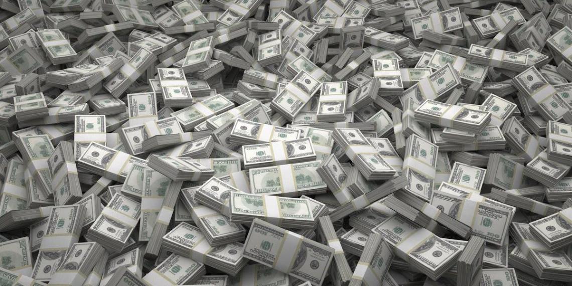 Самые богатые люди мира потеряли накануне почти $38 млрд