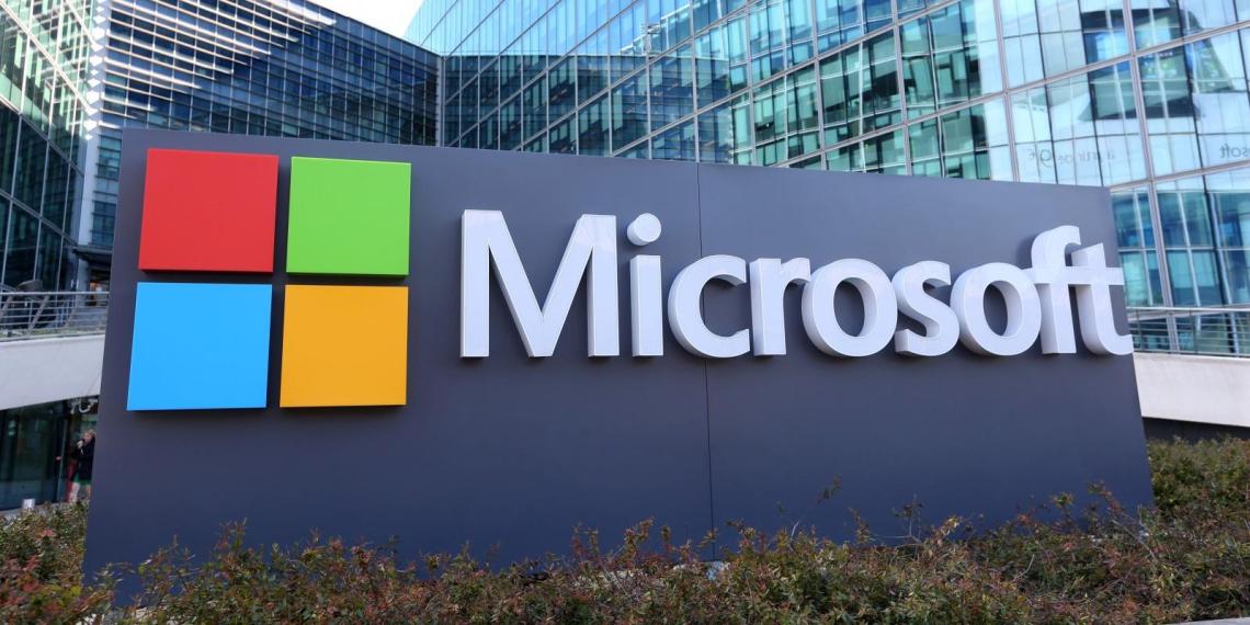 Microsoft будет принудительно устанавливать пользователям Windows свой новый браузер