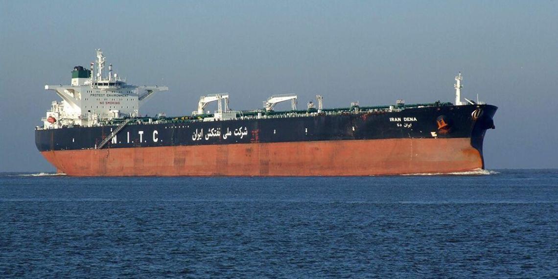 США продали захваченную иранскую нефть