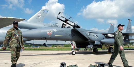 Власти Таиланда потребовали убрать самолеты ВВС США с Пхукета