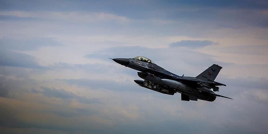 Турецкий F-16 сбил Су-25 армянских ВВС в воздушном пространстве Армении