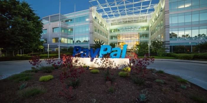 """Система PayPal отказала Доктору Лизе в открытии счета из """"соображений безопасности"""""""