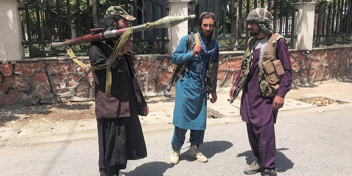Талибы позвали на встречу членов бежавшего правительства