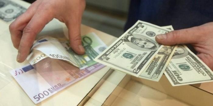 При покупке более $200 россиянам придется рассказать о происхождении денег