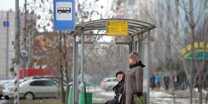 На остановках в Москве появится Wi-Fi и зарядки для гаджетов