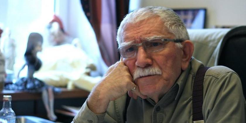 СМИ: У Армена Джигарханяна случился инсульт, артиста спасают в реанимации