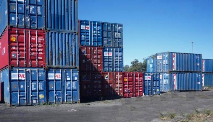 Правительство намерено снизить теневой импорт в РФ