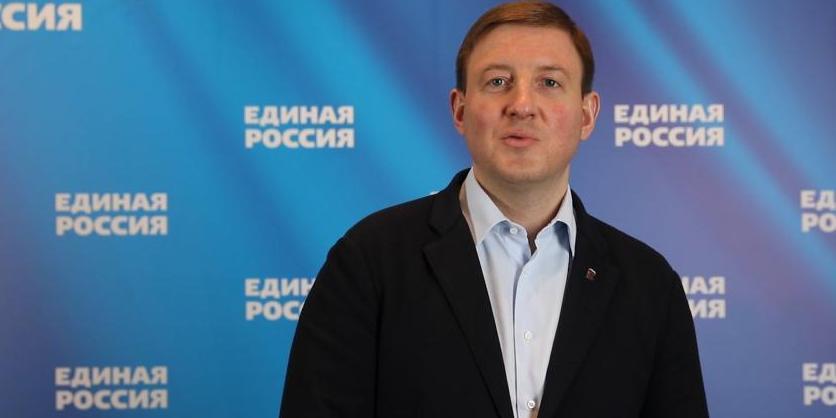 "Турчак назвал слова Байдена про Путина ""триумфом политического маразма"""