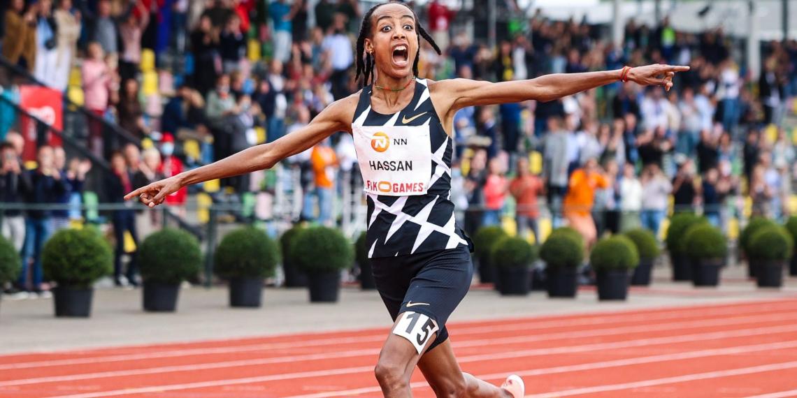 Легкоатлетка из Нидерландов упала в ходе забега на Олимпиаде, но встала и финишировала первой