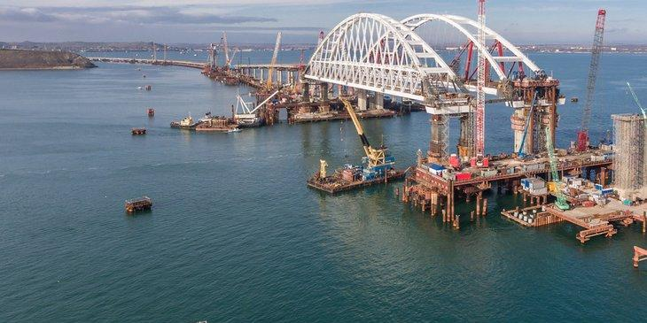 Голландским компаниям грозят миллионным штрафом за помощь в строительстве Крымского моста