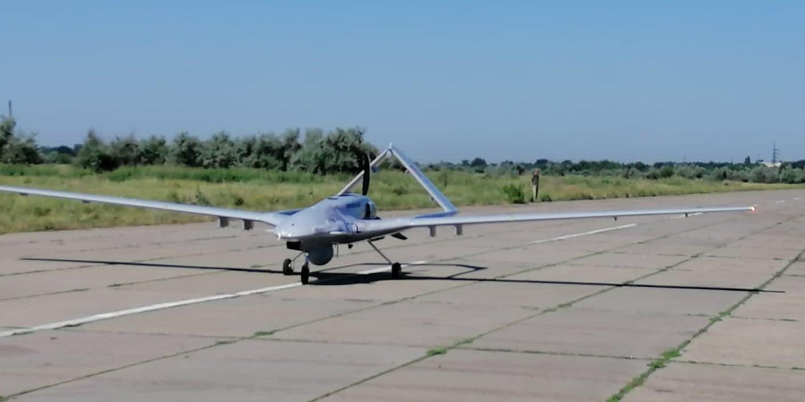 Украина получила первый турецкий беспилотник Bayraktar